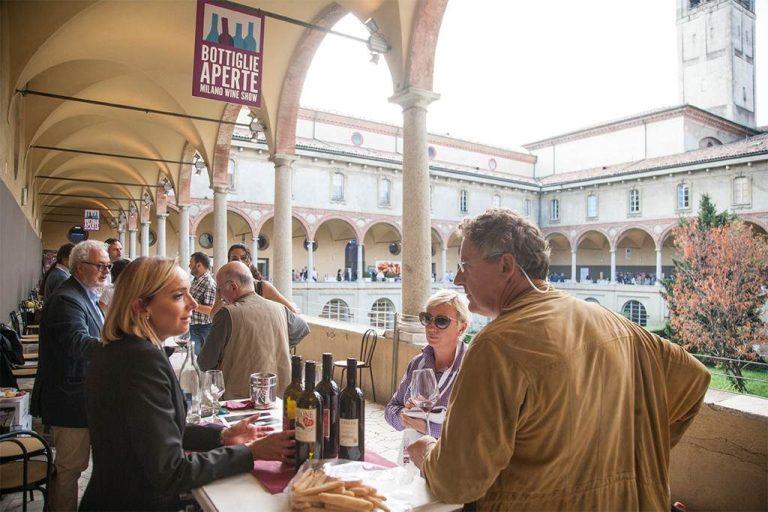Bottiglie-Aperte-al-Palazzo-delle-Stelline-1024x683
